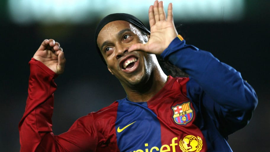 Willian Believes Ronaldinho Was Better Than Both Cristiano Ronaldo and Lionel Messi