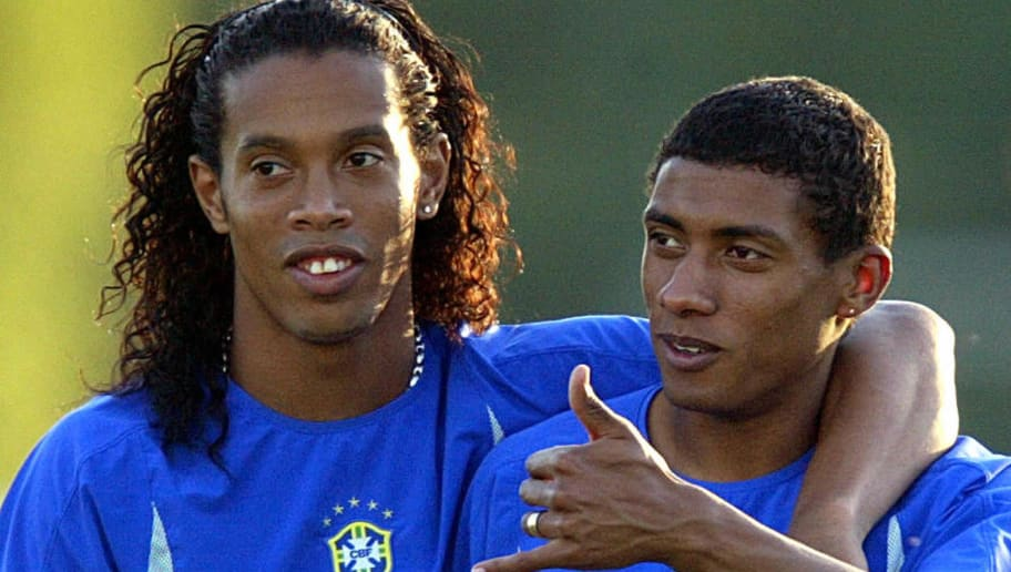 Kleberson Reveals How Ronaldinho Tricked Him to Sign for Manchester United