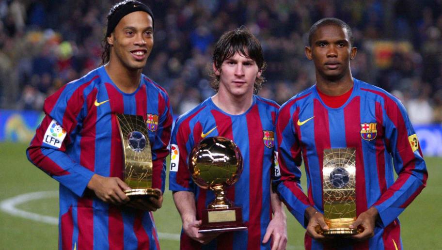 FC Barcelona's Brazilian Ronaldinho(L) S