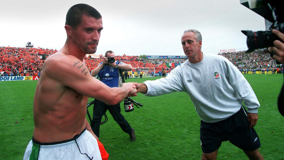 Roy Keane shakes hands with manager Mick McCarthy, Republic of Ireland vs Holland, 2001, Mandatory Credit ©INPHO/Lorraine O'Sullivan    (Photo by Lorraine O'Sullivan/INPHO via Getty Images)