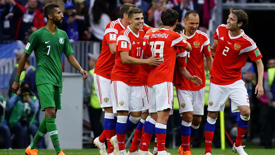MOSCOW, RUSSIA - JUNE 14: Denis Cheryshev of Russia celebrates with teammates after scoring the second goal of his team during the 2018 FIFA World Cup Russia group A match between Russia and Saudi Arabia at Luzhniki Stadium on June 14, 2018 in Moscow, Russia. (Photo by Carlos Cuin/Jam Media/Getty Images )