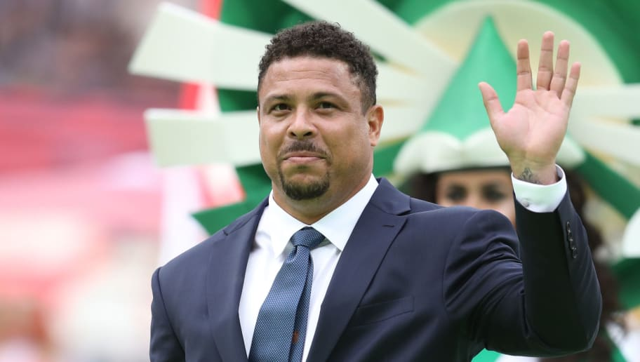 MOSCOW, RUSSIA - JUNE 14:  Former Brazilian player Ronaldo cheers the fans prior tothe 2018 FIFA World Cup Russia Group A match between Russia and Saudi Arabia at Luzhniki Stadium on June 14, 2018 in Moscow, Russia.  (Photo by Catherine Ivill/Getty Images)