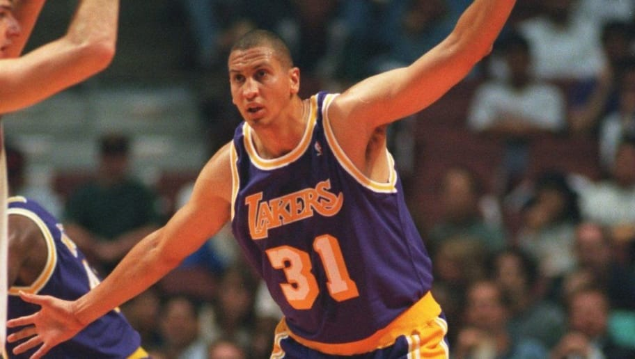 19 OCT 1994:  CENTER SAM BOWIE OF THE LOS ANGELES LAKERS DEFENDS AGAINST THE LOS ANGELES CLIPPERS DURING A 120-104 VICTORY AT THE POND IN ANAHEIM, CALIFORNIA. Mandatory Credit: Stephen Dunn/ALLSPORT