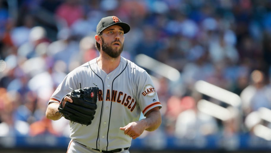 NEW YORK, NY - AUGUST 23:  (NEW YORK DAILIES OUT)   Madison Bumgarner #40 of the San Francisco Giants in action against the New York Mets at Citi Field on August 23, 2018 in the Flushing neighborhood of the Queens borough of New York City. The Giants defeated the Mets 3-1.  (Photo by Jim McIsaac/Getty Images)