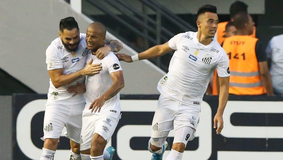 Uribe,Felipe Jonatan,Carlos Sanchez