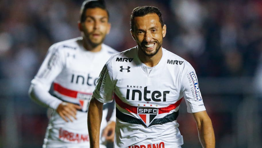 SAO PAULO, BRAZIL - MAY 30: Nene of Sao  Paulo celebrates after scoring their first goal during the match against Botafogo for the Brasileirao Series A 2018 at Morumbi Stadium on May 30, 2018 in Sao Paulo, Brazil. (Photo by Alexandre Schneider/Getty Images)