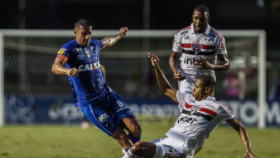 São Paulo busca mais quatro reforços para fechar o elenco da temporada 2019 09867a6297f10