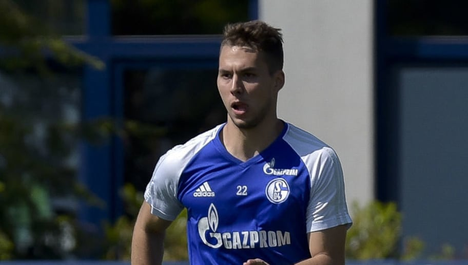 GELSENKIRCHEN, GERMANY - MAY 09: Marko Pjaca of Schalke controls the ball during a training session at the FC Schalke 04 Training center on May 9, 2018 in Gelsenkirchen, Germany. (Photo by TF-Images/Getty Images)