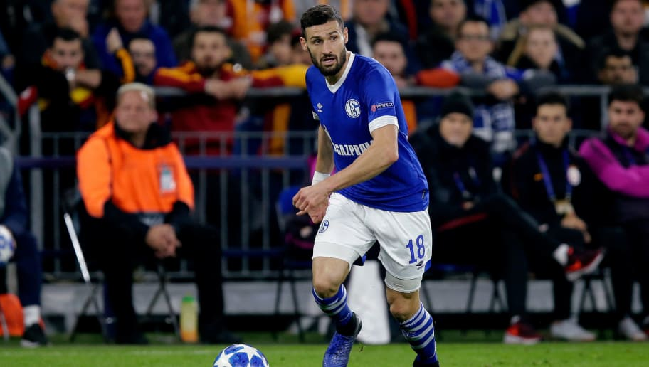 GELSENKIRCHEN, GERMANY - NOVEMBER 6: Daniel Caligiuri of Schalke 04 during the UEFA Champions League  match between Schalke 04 v Galatasaray at the Veltins Arena on November 6, 2018 in Gelsenkirchen Germany (Photo by Peter Lous/Soccrates/Getty Images)