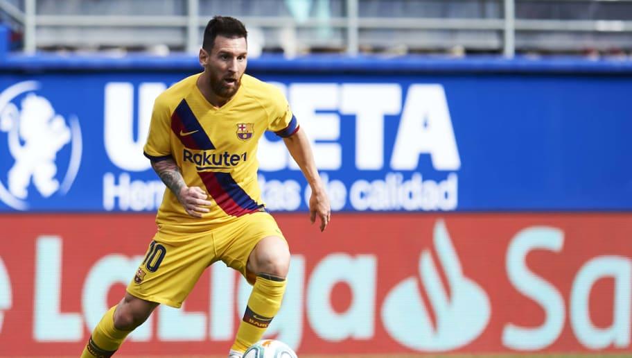 'Messi is Ronaldo, Iniesta, Salah, Mbappe & Hazard Rolled Into One,' Claims Ruud van Nistelrooy