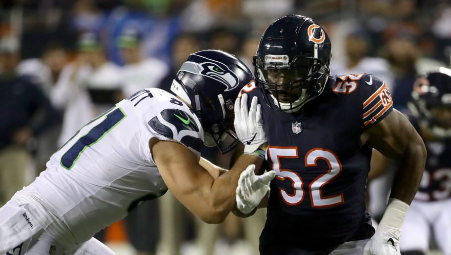 CHICAGO, IL - SEPTEMBER 17:  Khalil Mack #52 of the Chicago Bears runs against Nick Vannett #81 of the Seattle Seahawks in the first quarter at Soldier Field on September 17, 2018 in Chicago, Illinois.  (Photo by Jonathan Daniel/Getty Images)