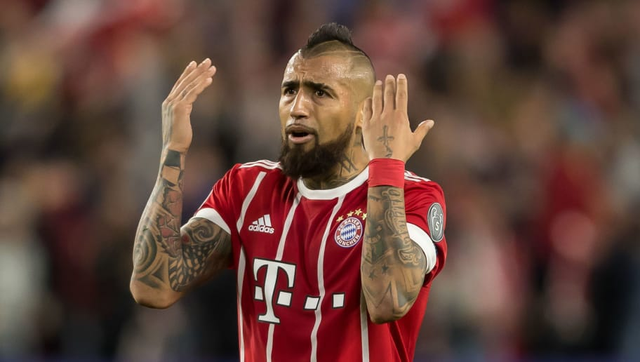 SEVILLE, SPAIN - APRIL 03: Arturo Erasmo Vidal of Bayern Muenchen gestures during the UEFA Champions League Quarter-Final first leg match between Sevilla FC and Bayern Muenchen at Estadio Ramon Sanchez Pizjuan on April 3, 2018 in Seville, Spain. (Photo by TF-Images/TF-Images via Getty Images)