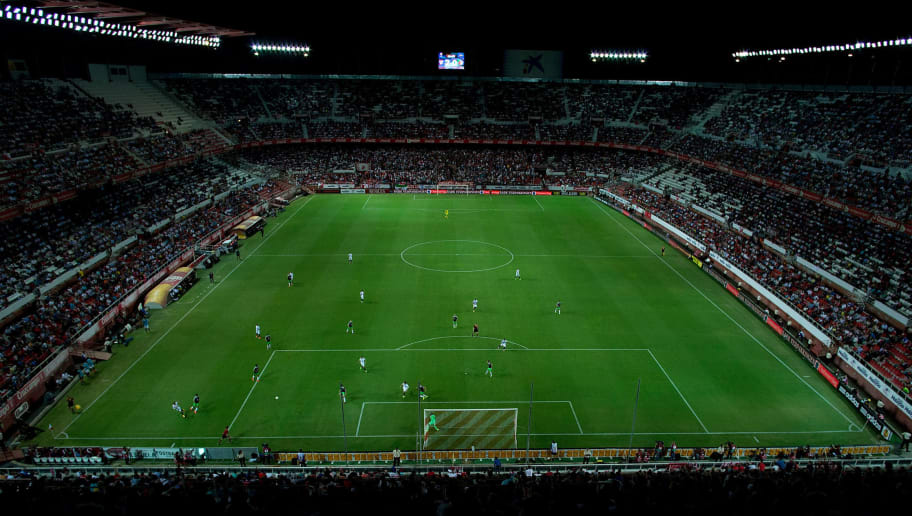SEVILLE, SPAIN - SEPTEMBER 18:  General view of  Ramon Sanchez Pizjuan stadium during the UEFA Europa League group G match between Sevilla FC and Feyenoord on September 18, 2014 in Seville, Spain.  (Photo by Gonzalo Arroyo Moreno/Getty Images)