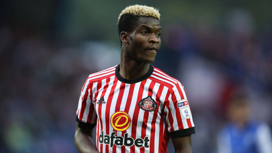 SHEFFIELD, ENGLAND - AUGUST 16: Didier Ndong of Sunderland during the Sky Bet Championship match between Sheffield Wednesday and Sunderland at Hillsborough on August 16, 2017 in Sheffield, England. (Photo by Robbie Jay Barratt - AMA/Getty Images)