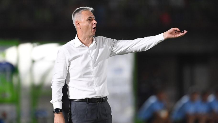 Tiago Nunes insiste em Rony, e diretoria tenta atender ao pedido do técnico