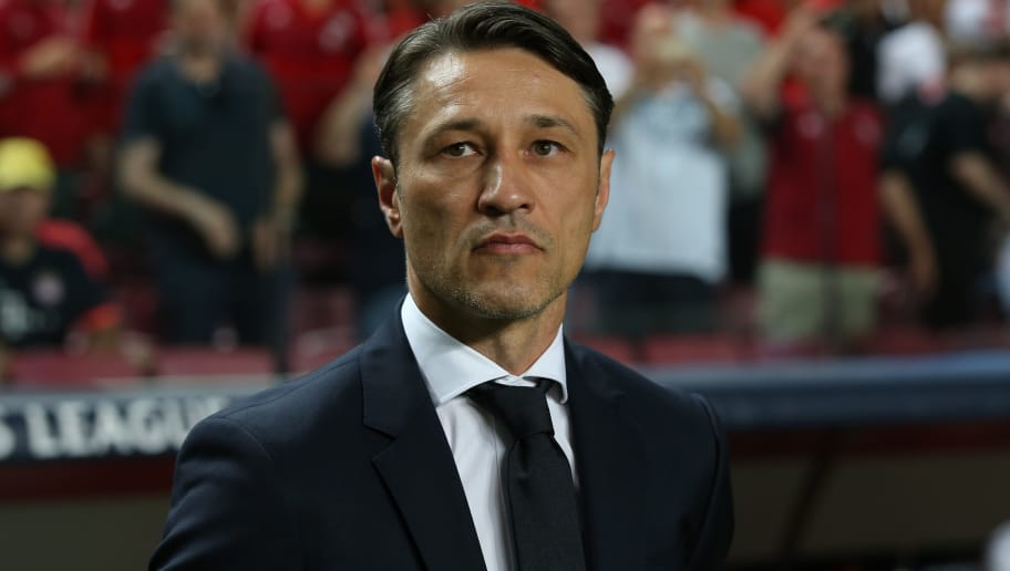 LISBON, PORTUGAL - SEPTEMBER 19: Niko Kovac of Bayern Munchen before the start of the UEFA Champions League Group E match between SL Benfica and FC Bayern Munchen at Estadio da Luz on September 19, 2018 in Lisbon, Portugal.  (Photo by Gualter Fatia/Getty Images)