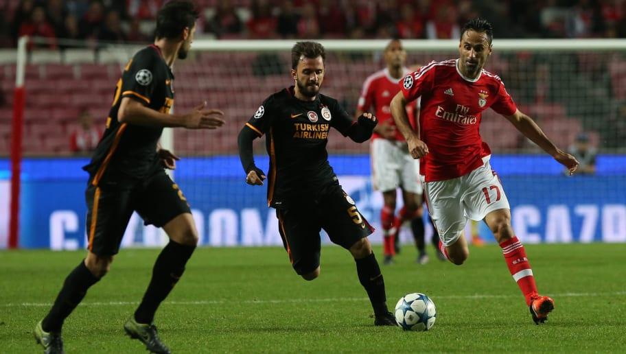 SL Benfica v Galatasaray AS - UEFA Champions League