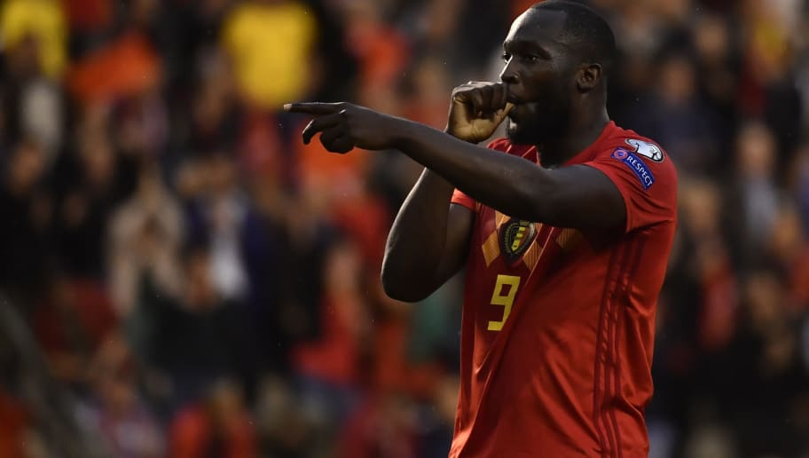 Dimitar Berbatovs Wants Romelu Lukaku to Stay and Fight for His Place at Manchester United