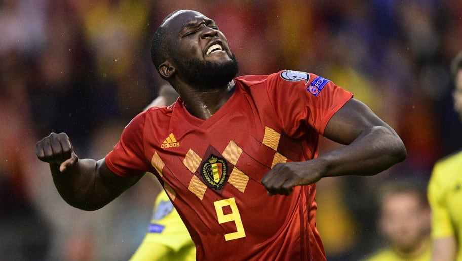 Romelu Lukaku Takes To Social Media To Hit Back At Gary Neville And Weight Critics