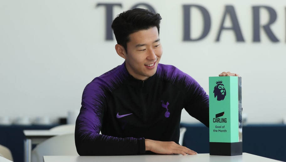 ENFIELD, ENGLAND - DECEMBER 13: Heung-Min Son of Tottenham Hotspur poses with the Carling Premier League Goal of the Month award at Tottenham Hotspur Training Centre on December 13, 2018 in Enfield, England. (Photo by Alex Morton/Getty Images)