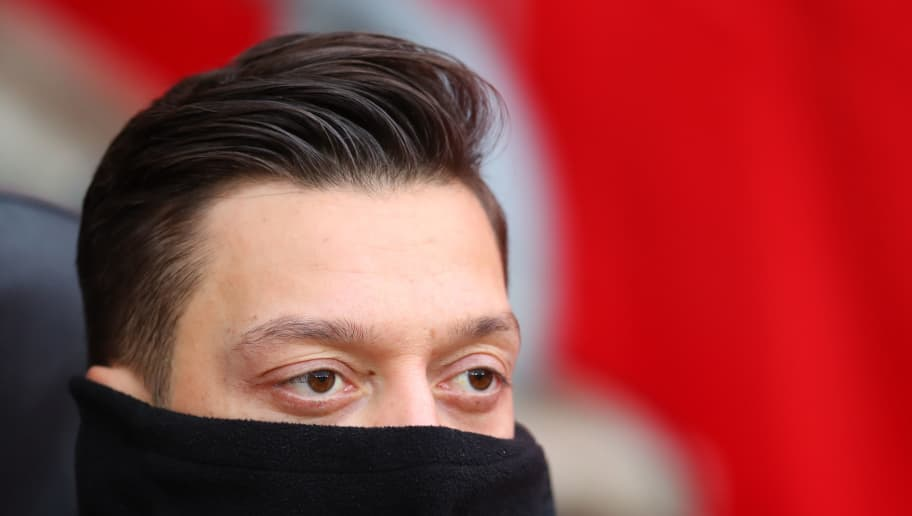 SOUTHAMPTON, ENGLAND - DECEMBER 16: Mesut Ozil of Arsenal on the bench during the Premier League match between Southampton FC and Arsenal FC at St Mary's Stadium on December 16, 2018 in Southampton, United Kingdom. (Photo by Catherine Ivill/Getty Images)
