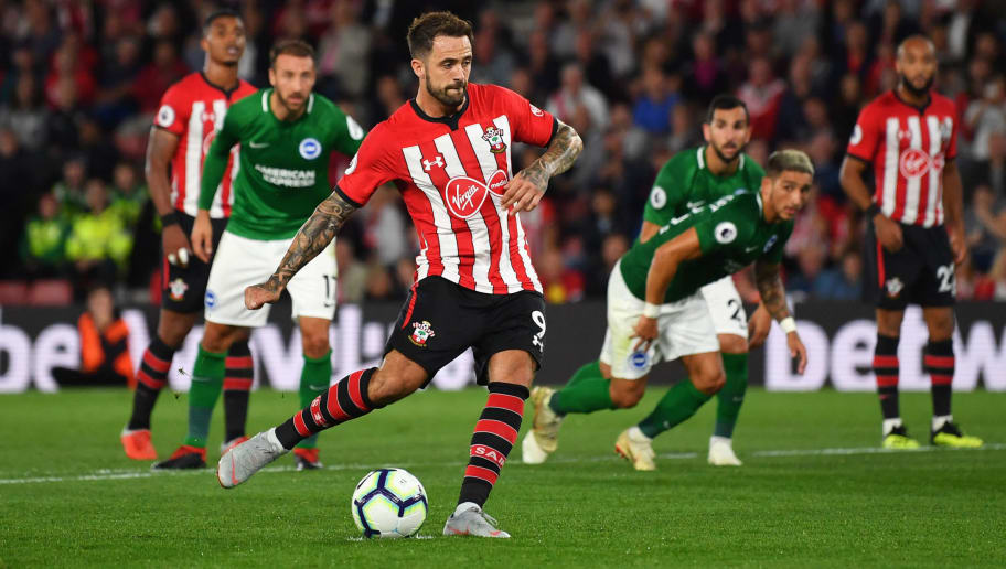 SOUTHAMPTON, ENGLAND - SEPTEMBER 17:  Danny Ings of Southampton scores his team's second goal from a penalty during the Premier League match between Southampton and Brighton & Hove Albion at St Mary's Stadium on September 17, 2018 in Southampton, United Kingdom.  (Photo by Dan Mullan/Getty Images)