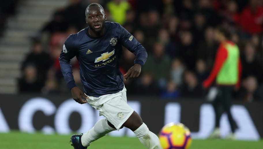 SOUTHAMPTON, ENGLAND - DECEMBER 01: Romelu Lukaku of Manchester United after scores a goal to make it 1-2 during the Premier League match between Southampton FC and Manchester United at St Mary's Stadium on December 1, 2018 in Southampton, United Kingdom. (Photo by James Williamson - AMA/Getty Images)