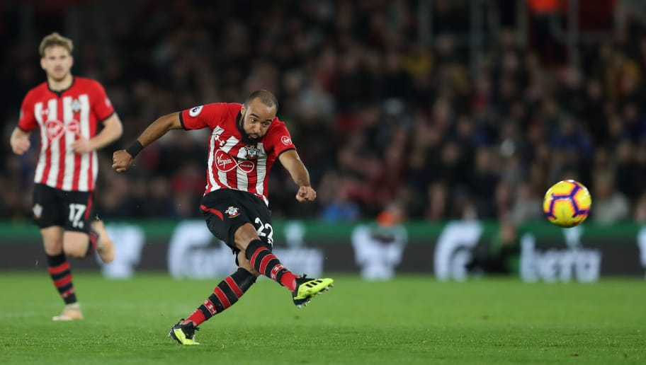 SOUTHAMPTON, ENGLAND - DECEMBER 01: Nathan Redmond of Southampton has a long range effort which is tipped over the bar by David de Gea of Manchester United during the Premier League match between Southampton FC and Manchester United at St Mary's Stadium on December 1, 2018 in Southampton, United Kingdom. (Photo by James Williamson - AMA/Getty Images)