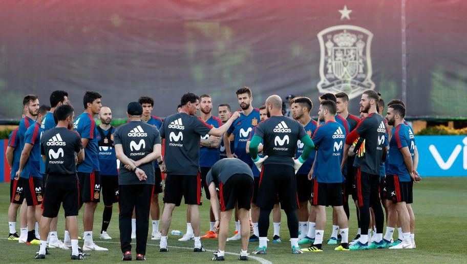 KRASNODAR, RUSSIA - JUNE 13: Head coach Fernando Hierro of Spain speaks to his team during a training session on June 13, 2018 in Krasnodar, Russia. (Photo by TF-Images/Getty Images)