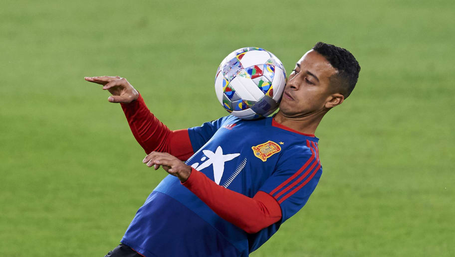 SEVILLE, SPAIN - OCTOBER 14:  Thiago Alcantara of Spain trains during the Spain Training Session ahead of their UEFA Nations League match against Spain at Estadio Benito Villamarin on October 14, 2018 in Seville, Spain.  (Photo by Aitor Alcalde/Getty Images)