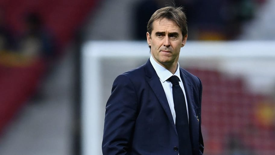 MADRID, SPAIN - MARCH 27: Julen Lopetegui, Manager of Spain looks on prior to the International Friendly between Spain and Argentina on March 27, 2018 in Madrid, Spain.  (Photo by David Ramos/Getty Images)