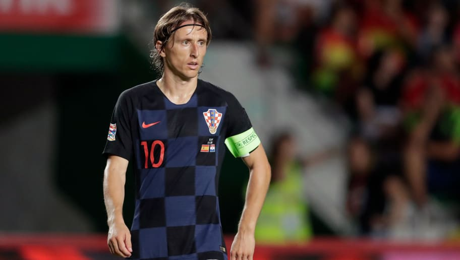 ELCHE, SPAIN - SEPTEMBER 11: Luka Modric of Croatia during the  UEFA Nations league match between Spain  v Croatia  at the Estadio Manuel Martínez Valero on September 11, 2018 in Elche Spain (Photo by Laurens Lindhout/Soccrates/Getty Images)