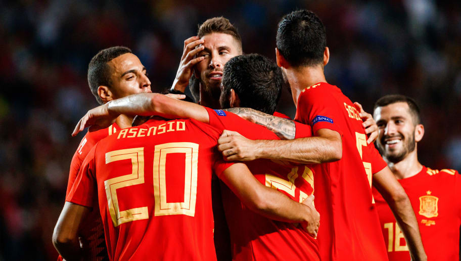 ELCHE, SPAIN - SEPTEMBER 11: Sergio Ramos of Spain celebrates his goal with team matesduring the UEFA Nations League A group four match between Spain and Croatia at Estadio Manuel Martinez Valero on September 11, 2018 in Elche, Spain. (Photo by TF-Images/Getty Images)