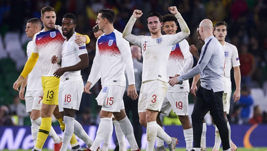 SEVILLE, SPAIN - OCTOBER 15: Ben Chilwell of England celebrates victory after the UEFA Nations League A Group Four match between Spain and England at Estadio Benito Villamarin on October 15, 2018 in Seville, Spain.  (Photo by Aitor Alcalde/Getty Images)
