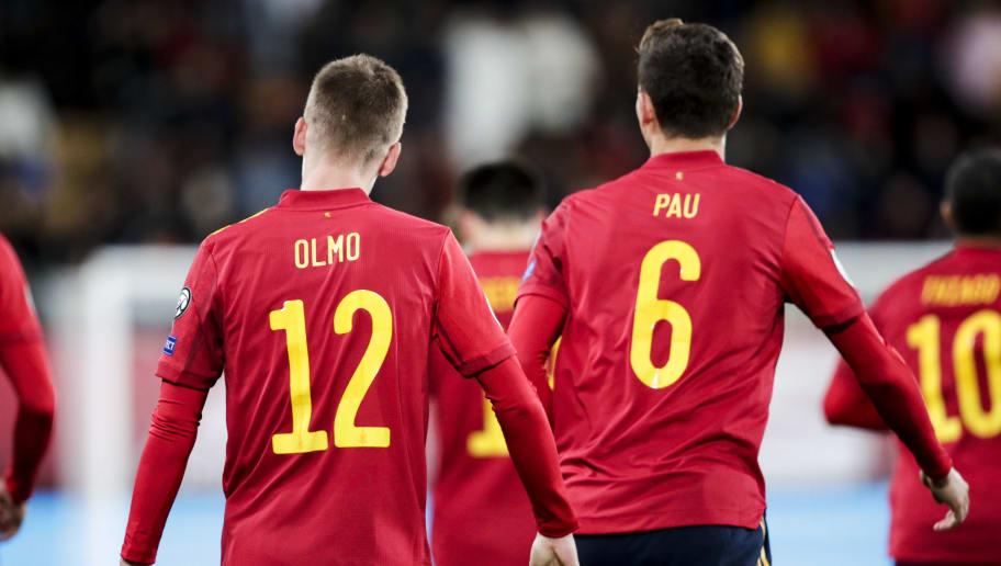 Dani Olmo,Pau Torres