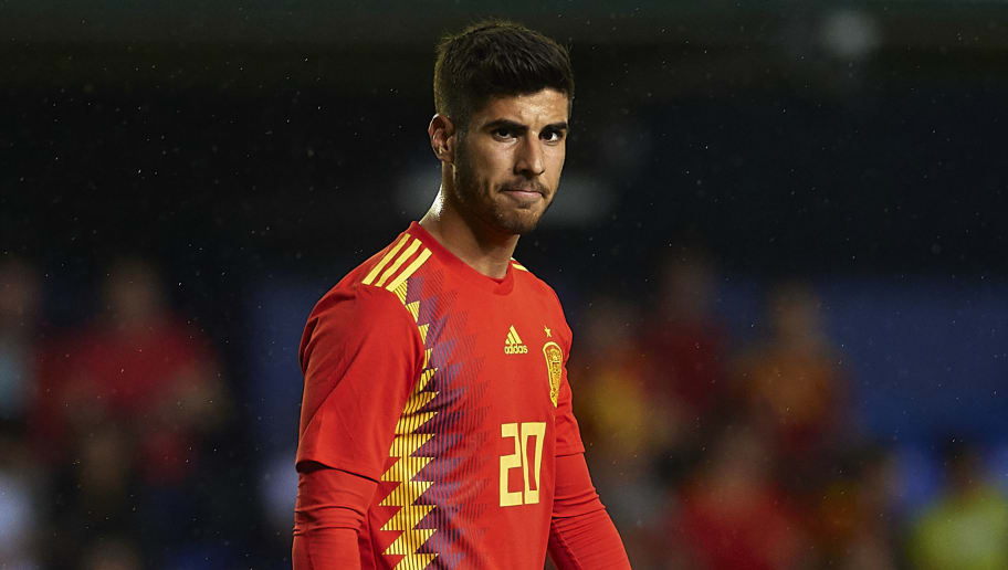 VILLAREAL, SPAIN - JUNE 03:  Marco Asensio of Spain looks on during the International Friendly match between Spain and Switzerland at Estadio de La Ceramica on June 3, 2018 in Villareal, Spain.  (Photo by Manuel Queimadelos Alonso/Getty Images)