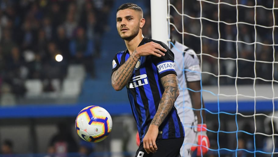 FERRARA, ITALY - OCTOBER 07:  Mauro Icardi of FC Internazionale reacts during the Serie A match between SPAL and FC Internazionale at Stadio Paolo Mazza on October 7, 2018 in Ferrara, Italy.  (Photo by Alessandro Sabattini/Getty Images)