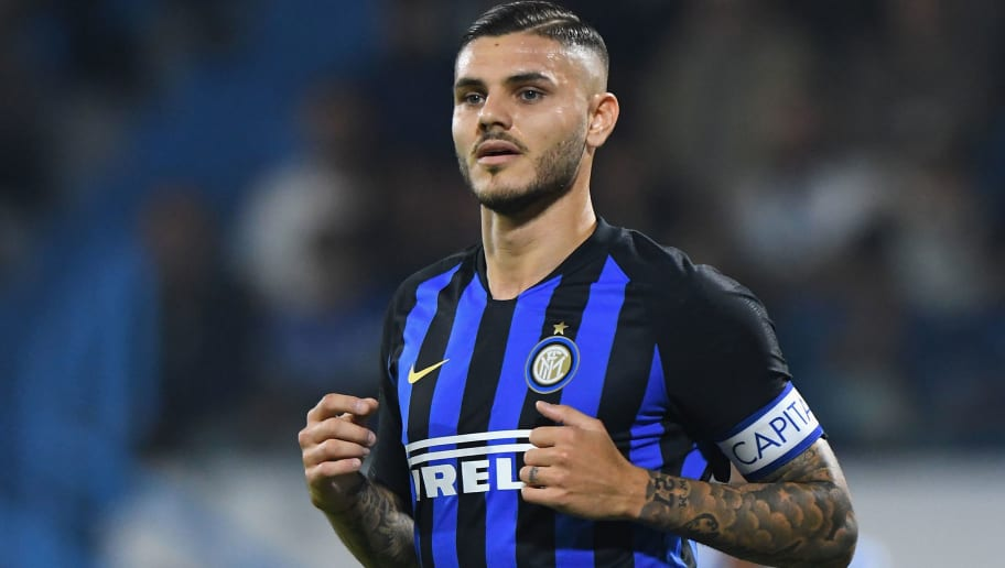 FERRARA, ITALY - OCTOBER 07:  Mauro Icardi of FC Internazionale looks on during the Serie A match between SPAL and FC Internazionale at Stadio Paolo Mazza on October 7, 2018 in Ferrara, Italy.  (Photo by Alessandro Sabattini/Getty Images)