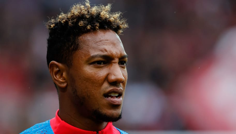 FREIBURG IM BREISGAU, GERMANY - AUGUST 25: Jonathan de Guzman of Eintracht Frankfurt looks on during the Bundesliga match between Sport-Club Freiburg and Eintracht Frankfurt at Schwarzwald-Stadion on August 25, 2018 in Freiburg im Breisgau, Germany. (Photo by TF-Images/Getty Images)
