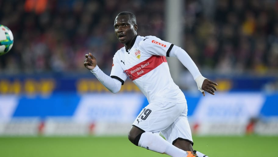 FREIBURG IM BREISGAU, GERMANY - MARCH 16: Chadrac Akolo of Stuttgart controls the ball during the Bundesliga match between Sport-Club Freiburg and VfB Stuttgart at Schwarzwald-Stadion on March 16, 2018 in Freiburg im Breisgau, Germany. (Photo by Matthias Hangst/Bongarts/Getty Images)