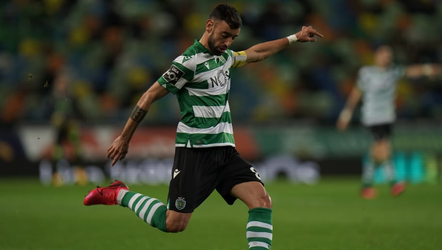 Sporting's Coach Hopes That Bruno Fernandes Stays at the Club Amid Interest From Man United