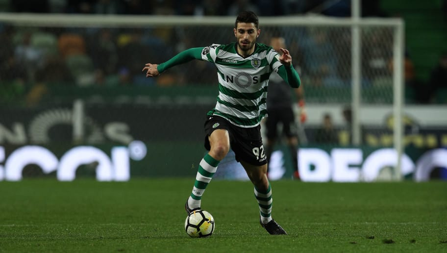 LISBON, PORTUGAL - MARCH 18: Sporting CP defender Cristiano Piccini from Italy during the Portuguese Primeira Liga match between Sporting CP and Rio Ave FC at Estadio Jose Alvalade on March 18, 2018 in Lisbon, Lisboa. (Photo by Carlos Rodrigues/Getty Images)