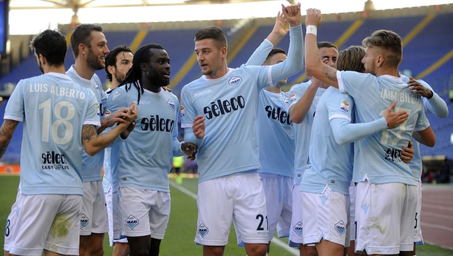 ROME, ROMA - DECEMBER 23:  Jordan Lukaku of SS Lazio celebrates the opening goal with his team mates during the serie A match between SS Lazio and FC Crotone at Stadio Olimpico on December 23, 2017 in Rome, Italy.  (Photo by Marco Rosi/Getty Images)