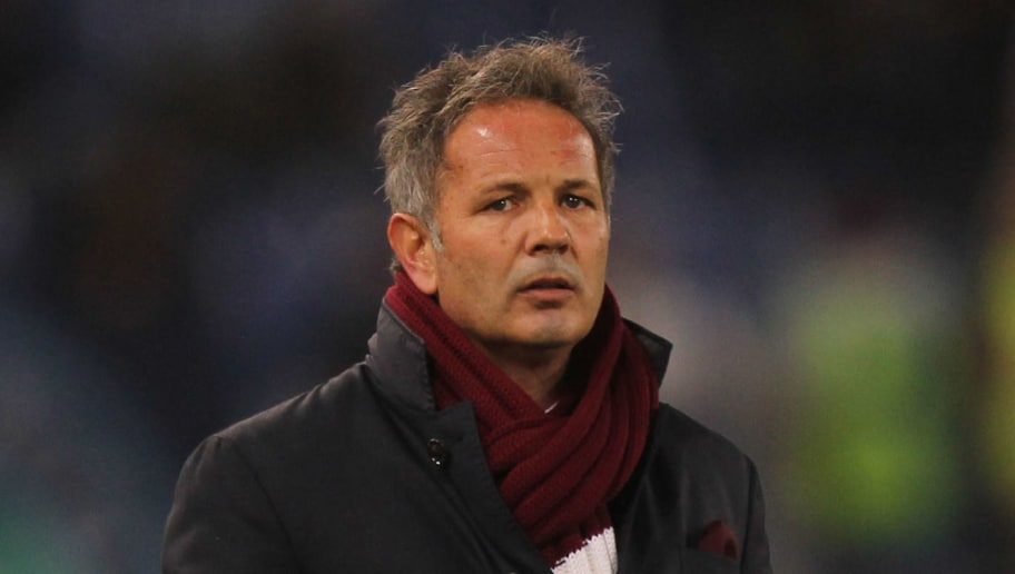 ROME, ITALY - DECEMBER 11:  Torino FC head coach Sinisa Mihajlovic looks on during the Serie A match between SS Lazio and Torino FC at Stadio Olimpico on December 11, 2017 in Rome, Italy.  (Photo by Paolo Bruno/Getty Images)