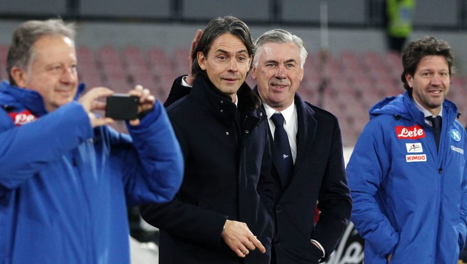 NAPLES, ITALY - DECEMBER 29:  Coach of SSC Napoli Carlo Ancelotti greets coach of Bologna FC Filippo Inzaghi before the Serie A match between SSC Napoli and Bologna FC at Stadio San Paolo on December 29, 2018 in Naples, Italy.  (Photo by Francesco Pecoraro/Getty Images)