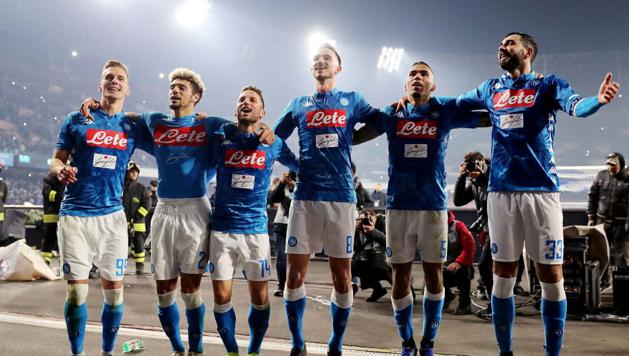 NAPLES, ITALY - DECEMBER 29:  Arkadius Milik, Dries Mertens, Fabian Ruiz, Marques Allan and Raul Albiol of SSC Napoli celebrate the victory after the Serie A match between SSC Napoli and Bologna FC at Stadio San Paolo on December 29, 2018 in Naples, Italy.  (Photo by Francesco Pecoraro/Getty Images)