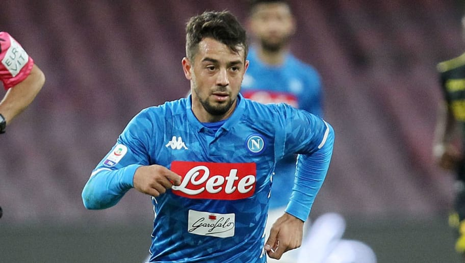 NAPLES, ITALY - DECEMBER 08: Amin Younes of SSC Napoli in action during the Serie A match between SSC Napoli and Frosinone Calcio at Stadio San Paolo on December 8, 2018 in Naples, Italy.  (Photo by Francesco Pecoraro/Getty Images)
