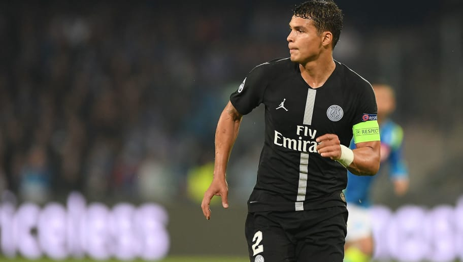 NAPLES, ITALY - NOVEMBER 06:  Thiago Silva of Paris Saint-Germain in action during the Group C match of the UEFA Champions League between SSC Napoli and Paris Saint-Germain at Stadio San Paolo on November 6, 2018 in Naples, Italy.  (Photo by Francesco Pecoraro/Getty Images)