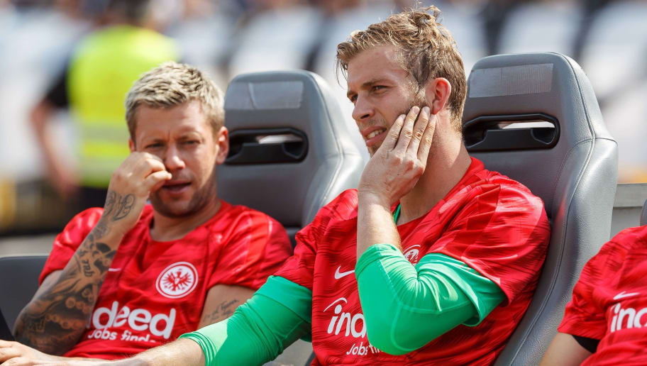 ULM, GERMANY - AUGUST 18: Goalkeeper Felix Wiedwald of Eintracht Frankfurt looks on prior to the DFB Cup first round match between SSV Ulm 1846 Fussball and Eintracht Frankfurt at Donaustadion on August 18, 2018 in Ulm, Germany. (Photo by TF-Images/Getty Images)