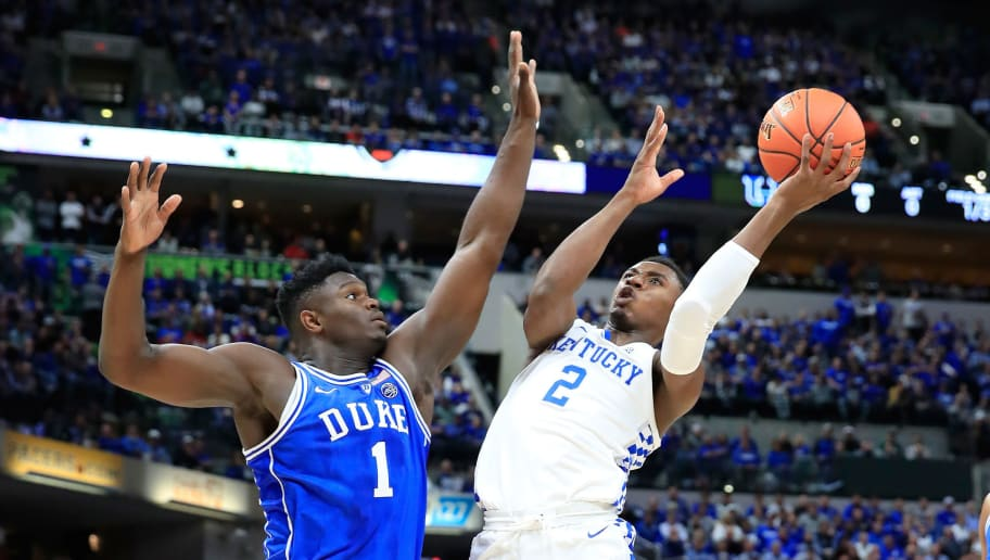 INDIANAPOLIS, IN - NOVEMBER 06:  Ashton Hagan #2 of the Kentucky Wildcats shoot the ball while defended by Zion Williamson #1 of the Duke Blue Devils during the State Farm Champions Classic at Bankers Life Fieldhouse on November 6, 2018 in Indianapolis, Indiana.  (Photo by Andy Lyons/Getty Images)